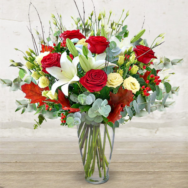 Bouquet with Red Roses \